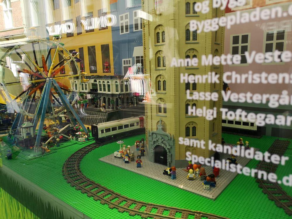 article picture: Interaktiv LEGO udstilling hos BR på Strøget i København